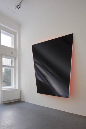 Výstava | Josef Achrer – Dataismus a infomanická společnost | 6. 4. –  4. 6. 2016 | (30.11. 17 06:15:46)
