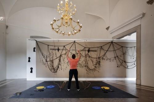 Výstava | Federico Díaz – Eccentric Gravity | 9. 9. –  31. 10. 2015 | (1.12. 17 14:39:20)
