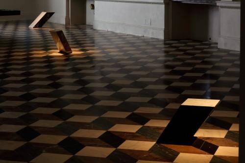 Exhibition | Federico Díaz: Eccentric Gravity | 9. 9. –  31. 10. 2015 | (1.12. 17 14:39:23)