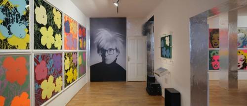 Výstava | Andy Warhol | 3. 7. –  29. 10. 2011 | (4.12. 17 07:23:08)
