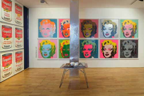 Exhibition | Andy Warhol | 3. 7. –  29. 10. 2011 | (4.12. 17 07:23:04)