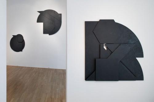 Exhibition | Stanislav Kolíbal: Black Reliefs | 19. 11. –  13. 12. 2008 | (5.12. 17 07:05:45)