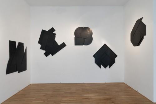 Exhibition | Stanislav Kolíbal: Black Reliefs | 19. 11. –  13. 12. 2008 | (5.12. 17 07:05:43)