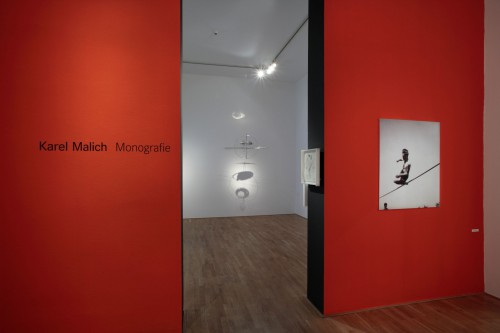 Exhibition | Karel Malich: Monography | 15. 2. –  30. 6. 2007 | (8.12. 17 18:34:17)
