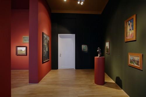 Výstava | 8 x 3 = 24 nebo 42 | 29. 9. –  5. 11. 2005 | (8.12. 17 19:15:55)