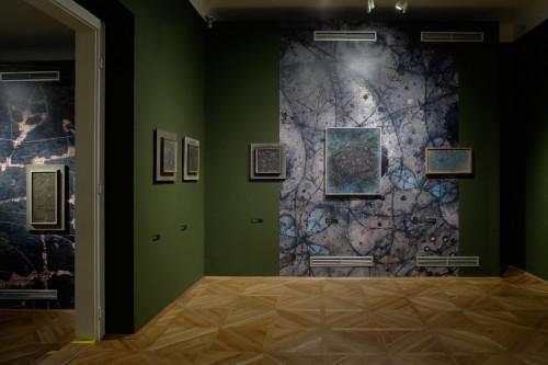 Výstava | Zdeněk Sklenář – Deset tisíc věcí – deset tisíc let | 16. 3. –  6. 6. 2010 | (8.12. 17 21:31:56)