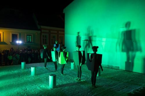 Výstava | Karyatidy pod Olivetskou horou  (8.10. 19 16:23:59)